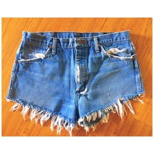 Vintage Wrangler Cutoff Shorts (size 9 or 10)